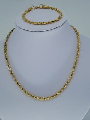 Ketting & armband goudkl 0,8, 'touwen' gedraaid, edelstaalset