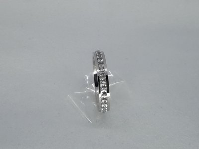 Edelstaal Ringen zilverkleurig gezet rond omheen met facet geslepen kristal, doos 36 st